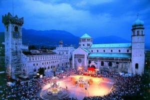 piazza_duomo1-400x267