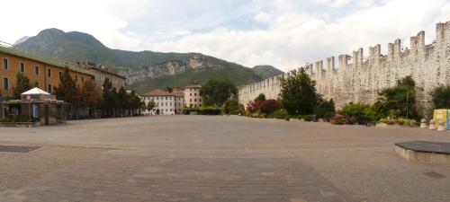 Trento-Piazza_Fiera_2